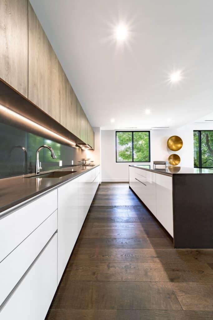 Aranżacja pokoju z kuchnią | Duszyńska Design