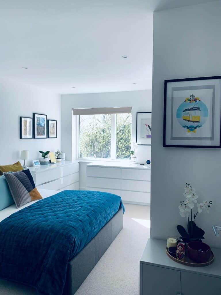 Granatowa sypialnia | Projektowanie wnętrz - Duszyńska Design 10