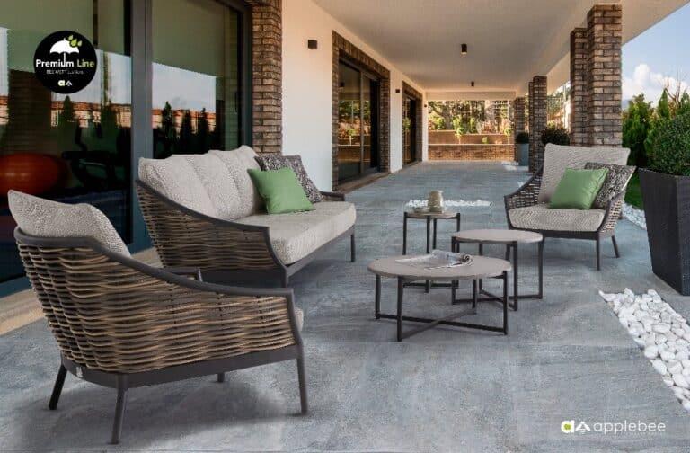 Ogrodowa strefa wypoczynku / komplet foteli oraz stół na taras