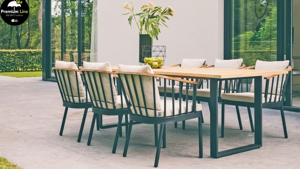 Ogrodowa strefa wypoczynku / duży stół