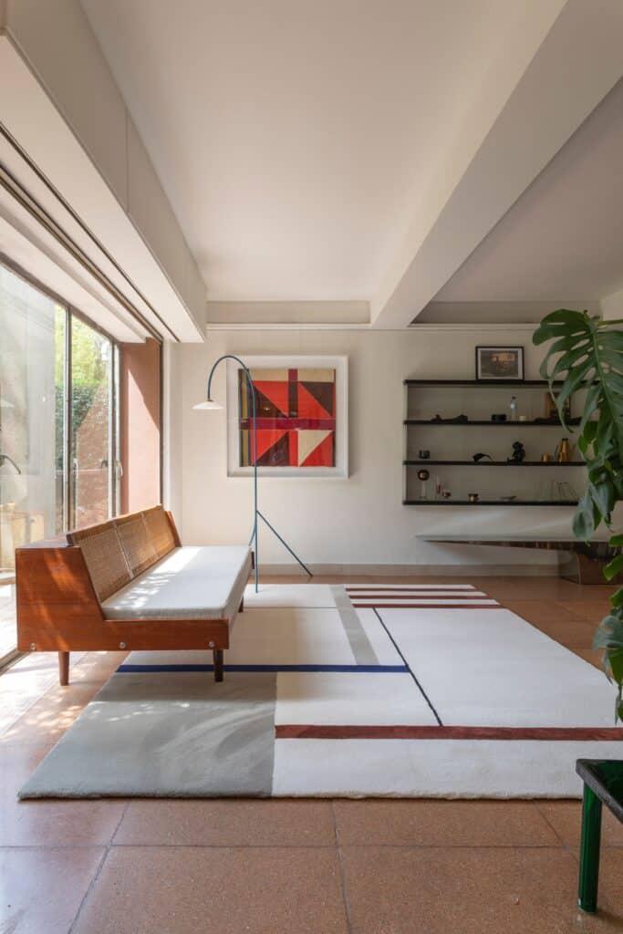 puszysty dywan do salonu