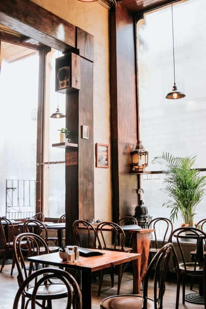 Piękne wnętrze kawiarni