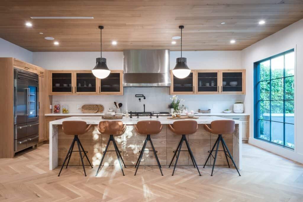 Barek w kuchni / Projektowanie wnętrz Duszyńska Design