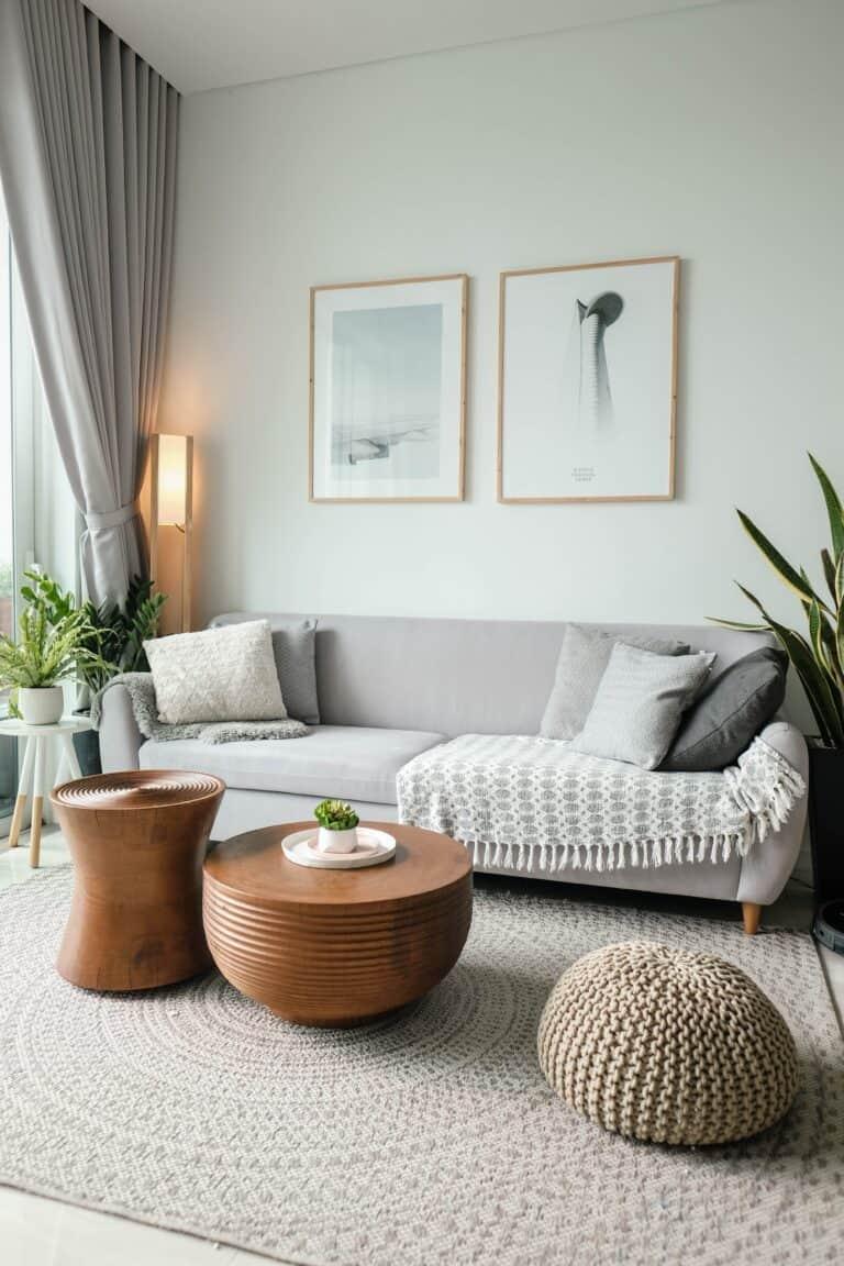 Aranżacja wąskiego pokoju / meble w stylu skandynawskim